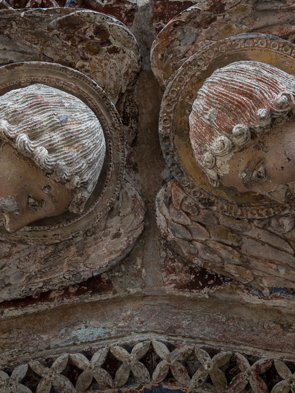 Portail occidental-Cathedrale Angers © Tim Fox