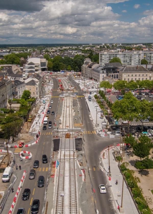 vue aérienne tramway ©PIXCTURE
