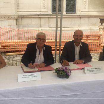 Signature convention mécénat Musée Pincé (1)@Ville d'Angers